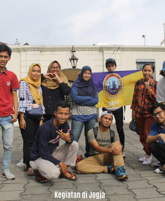 Kegiatan Liburan Mahasiswa UNIKL dalam Rangkaian Program Student Exchange Pergi ke Jogja